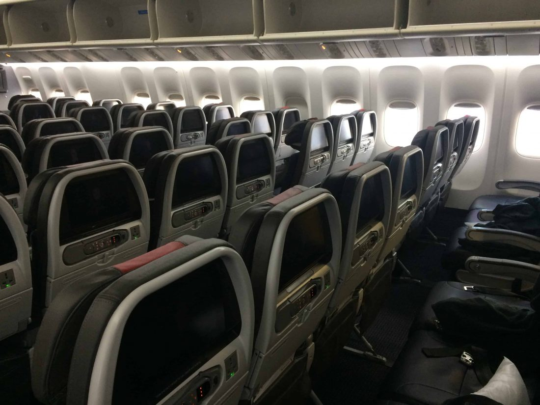 American Airlines Economy Cabin II 1100x825 1