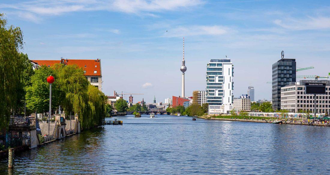Berlin Spree Fernsehturm 1100x585 1