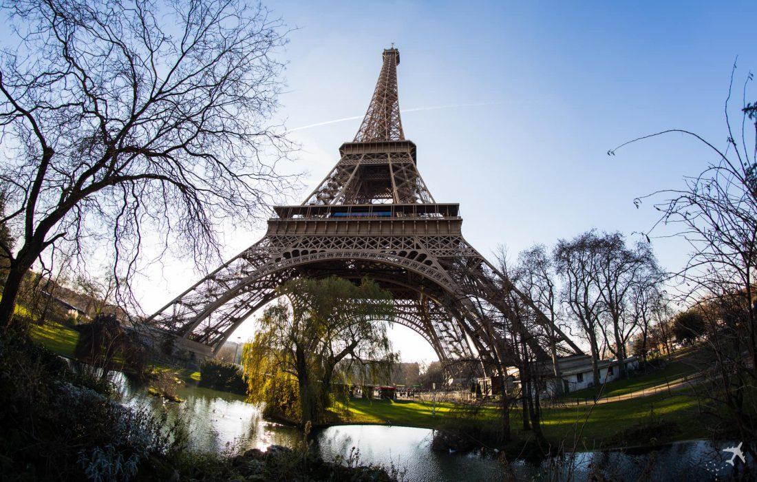 Eiffelturm Paris 1100x700 1