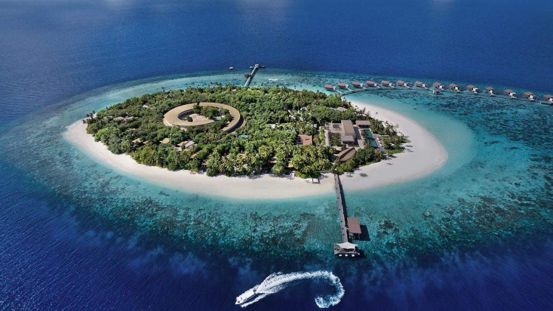 Park Hyatt Maldives Hadahaa Aerial Island 1100x619 1