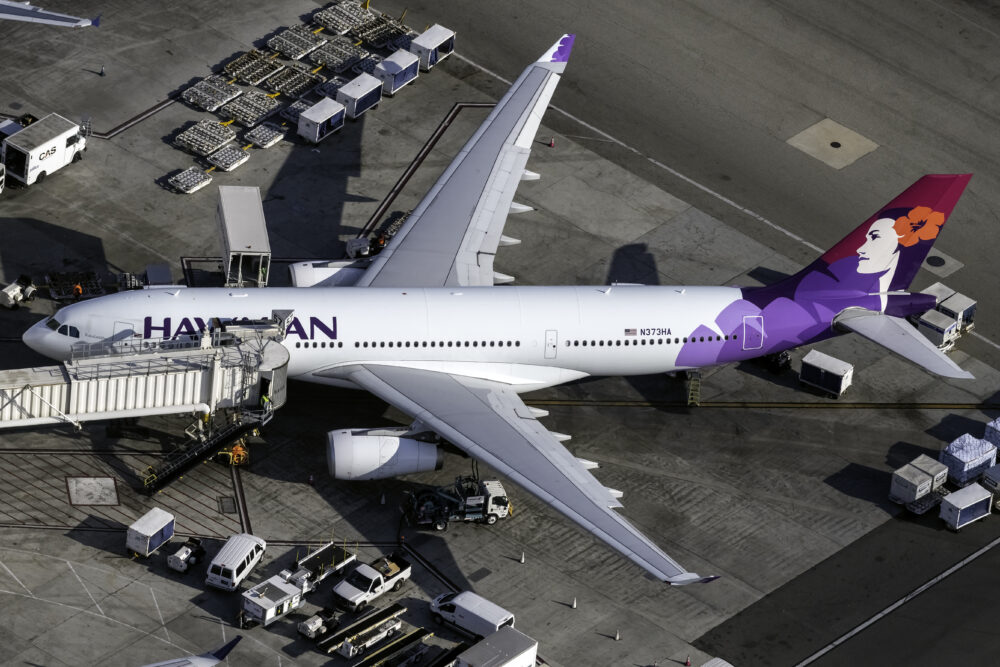 Hawaiian Airlines Airbus A330 243 N373HA 2 1000x667 1