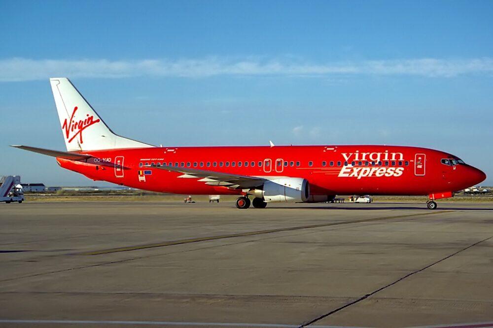 Boeing 737 4Y0 Virgin Express JP6130861 1000x667 1