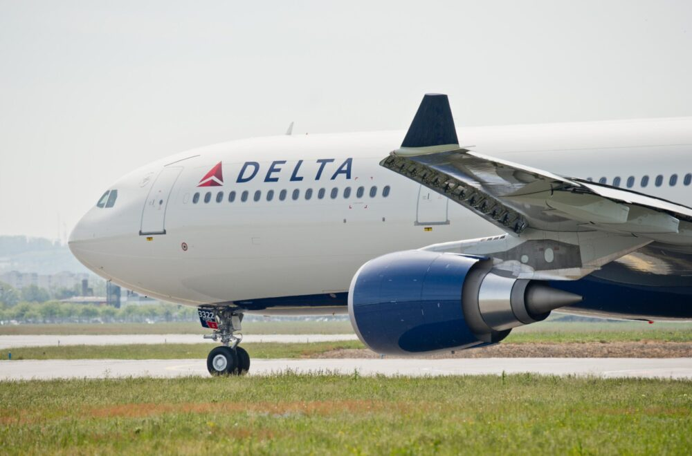 Delta Air Lines 242 tonne A330 300 1 scaled e1603233540733 1000x660 1
