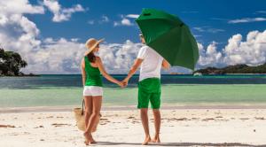 couple beach 300x166 1