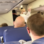 VIDEO: Southwest passengers cheer as woman 'refusing face mask' thrown off flight