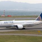 Two men kicked off United flight for fighting over elbow space